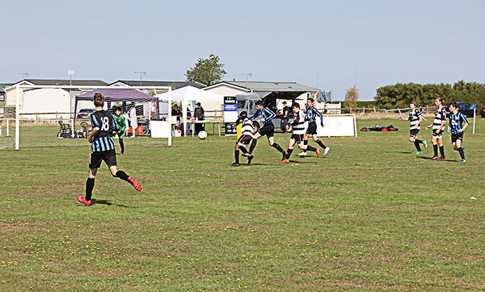 Tankerton vs Deal Town in the Seniors' tournament